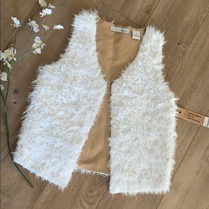 NWT Kersh Faux Fur Vest